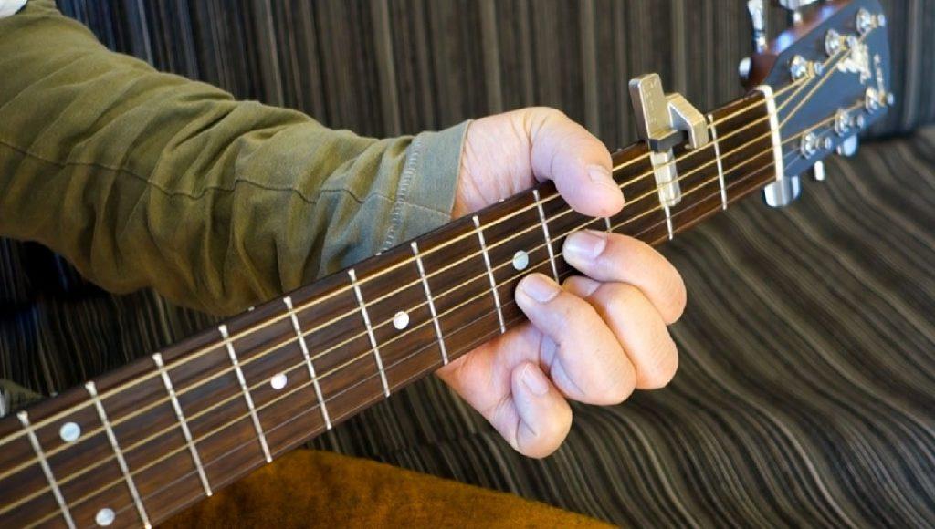 Qactus カクタス ギター 軸指 運指 フォーム